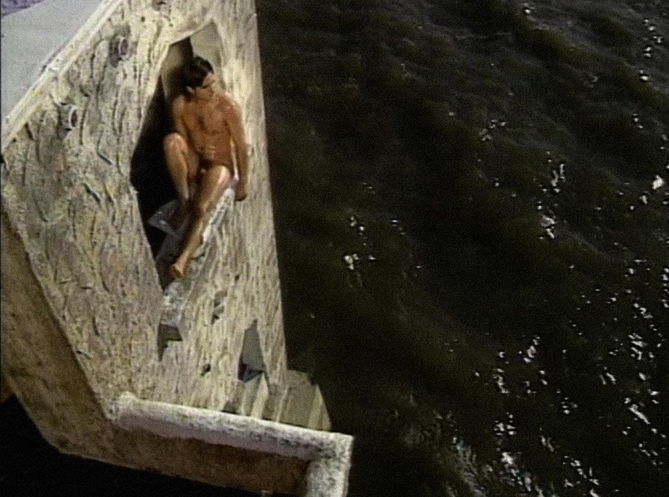 [ Fig. 01 ] <i>Harems</i> (video still), 1991.